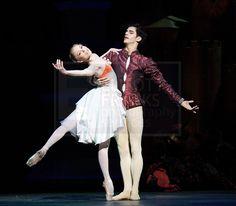 Sarah Lamb and Federico Bonelli - The Prince of Pagodas  Royal Ballet  photo by (c) Elliott Franks