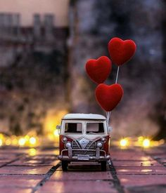 ❤All you need is love🎵🎶 Happy Valentine's day❤ Heart Wallpaper, Love Wallpaper, Nature Wallpaper, Screen Wallpaper, Wallpaper Backgrounds, Iphone Wallpaper, Miniature Photography, Cute Photography, Creative Photography