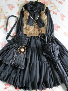 Black & Brown Classic Lolita outfit