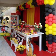 Festa Mickey Baby, Mickey Mouse Birthday Theme, Mickey Mouse Party Decorations, Theme Mickey, Mickey 1st Birthdays, Fiesta Mickey Mouse, Mickey Mouse Baby Shower, Mickey Mouse Parties, Mickey Party
