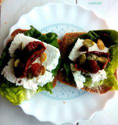 Kolorowe kanapki - I LOVE LIFE Avocado Toast, Guacamole, Breakfast, Morning Coffee