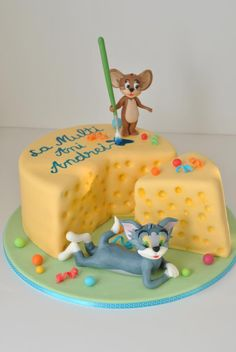Tom and Jerry cheese cake Tom And Jerry Cake, Tom Und Jerry, Birthday Menu, Adult Birthday Cakes, Cupcakes, Cake Cookies, Cupcake Cakes, Big Cakes, Fancy Cakes
