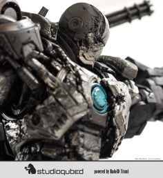 3D Printing The War Machine on the Titan 1 and the Solidator http://3dprint.com/80804/3d-printed-the-war-machine/