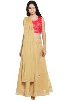 Shop stylish Gold Lehengas at exciting discounted range from our wide collections of designer Gold Lehengas with fast shipping worldwide and easy return process Gold Lehenga, Lehenga Blouse, Lehenga Online, Sarees Online, Lehenga Style, Ghagra Choli, Kurta Designs, Embroidered Silk, Festival Wear