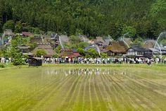 Japaninfo added 33 new photos to the album: ชนบทอนุรักษ์@Miyamacho,Kyoto — at 美山町北かやぶきの里.