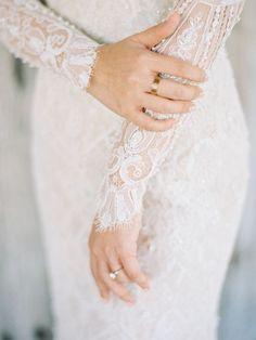 Tendance Robe De Mariée 2017/ 2018 : Eyelash lace long sleeve wedding dress: www.stylemepretty   Photography: Angg