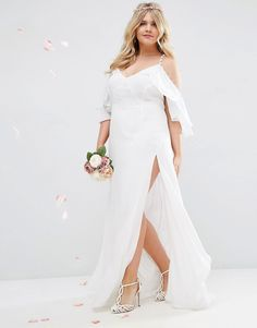 Immagine 4 di ASOS CURVE - Vestito lungo da sposa con volant abbottonabile e…