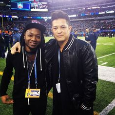 That Drum and Bass life on the field. @jamareoartis #SuperBowlXLVIII