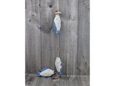 Moderní dekorační girlanda s rybami.  Velikost ryby 10x5,5 cm, celková délka 72 cm.