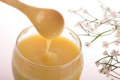 Os 8 Benefícios da Geleia Real para a Saúde   http://saudenocorpo.com/os-8-beneficios-da-geleia-real-para-saude/