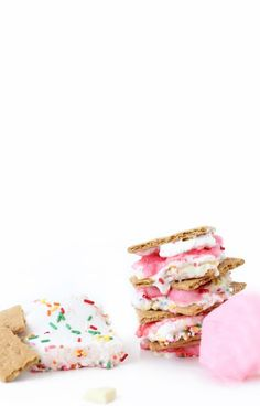 » Cotton Candy S'mores & Sprinkle Marshmallows