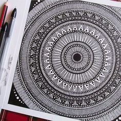 Easy Mandala Drawing, Mandala Doodle, Mandala Artwork, Mandala Painting, Doodle Patterns, Zentangle Patterns, Doodle Borders, Zentangles, Doodle Drawings