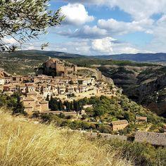 Medieval town of Alquezar. Guara Gorges.