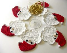 Free Crochet Santa Claus Coaster Pattern : 1000+ images about Crochet Christmas Dinning And Curtains ...