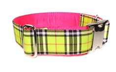 Lisa at Collar Mania makes the most fantastic dog collars...and this is going to be Gracie's next color combo.
