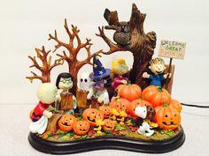 Halloween Snoopy Snow Globe W//Lights Pumpkin Black Swirl Fall Decor NEW