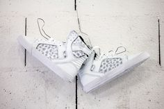 | Supra Skytop - White | Just in! #YOUSPORTY #Supra #skytop #sneakers #AnimalUrban