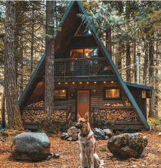 n this article, we will talk about excellent log cabin interior design you can apply into your cabin. Furnishing a log Cabin Interior Ideas. Tiny House Cabin, Cabin Homes, Log Homes, A House, A Frame Cabin, A Frame House, Ideas De Cabina, Cabin In The Woods, Cottage In The Woods