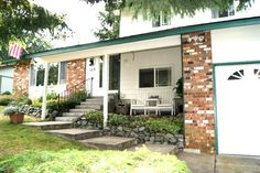 http://paul.eastsidepowersearch.com 165 SW Lansdale St N. Whidbey Island - 3 Bedrooms, 2 Bathrooms :: Home for sale in Oak Harbor, WA MLS# 370457. Learn more with Keller Williams Kirkland