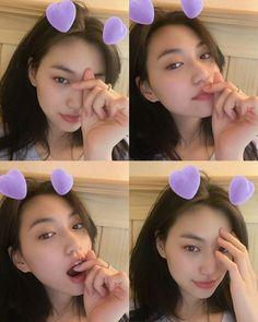 Kim Doyeon, Slytherin Aesthetic, Filipino Funny, Girl Crushes, Ulzzang Girl, Kpop Girls, Kpop Outfits, Woman Crush, Asian Style