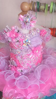 Full Glitz Beauty Pageant Dresses custom made for infants, children teens, Miss. Examples of National glitz pageat dresses. Toddler Pageant Dresses, Glitz Pageant Dresses, Pagent Dresses, Little Girl Pageant Dresses, Pageant Wear, Beauty Pageant, Dance Dresses, Party Dresses, Girls Dresses