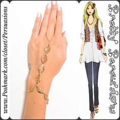 NWT Gold Tone Boho Leaf Hand Chain NWT Gold Tone Boho Leaf Hand Chain   • Gold toned • Loops around finger • Leaf embellished bracelet   Mixed metals Available in silver in separate listing  Bundle discounts available  No pp or trades Pretty Persuasions Jewelry Bracelets