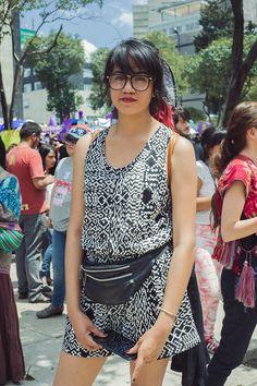 jóvenes en una manifestación contra la violencia de género | read | i-D Andrea