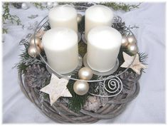 _*Moderner Adventskranz in creme - Weidenkranz *_ _*Natur - Grau / Weiß*_ Ein schöner Weidenkranz in Natur - grau / weiß ist dekoriert mit: Künstlichem Tannengrün, Moos, geweißten...