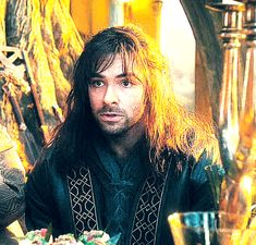 Adorably embarrassed Kili. What would they think of you now with Tauriel, Kili? Has none of the company noticed?