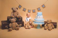 Sesje urodzinowa z misiami Ostrów Wielkopolski. Baby First Birthday, Teddy Bears, First Birthdays, Pregnancy, Photoshoot, Toys, Animals, Ideas, Fotografia