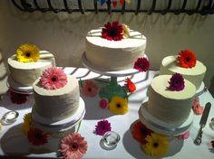 Wedding Cake DIY: Gerbera Daisies on Separated Tiers Diy Wedding Cake, Wedding Crafts, Wedding Menu, Wedding Ideas, Beautiful Cake Designs, Beautiful Cakes, Amazing Cakes, Gerbera, Unconventional Wedding Cake