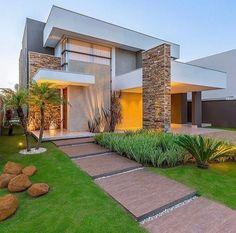 Exterior De Casas Contemporaneas Ideas For 2019 House Front Design, Modern House Design, Modern Exterior, Exterior Design, House Blueprints, Dream House Exterior, Modern House Plans, Facade House, Modern Architecture