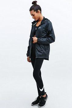 Nike RU Fly Windrunner Jacket in Black