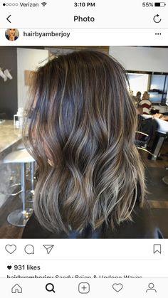 Short Bayalage, Bayalage Brunette, Brown Hair Balayage, Hair Highlights, Sandy Brown Hair, Light Brown Hair, Curled Hairstyles, Pretty Hairstyles, Hairstyle Ideas