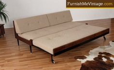 Mid Century Modern Daybed with Trundle: