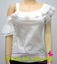 Me encanta Blouse Styles, Blouse Designs, Sewing Blouses, Trendy Fashion, Womens Fashion, Trendy Tops, Dress Patterns, African Fashion, Fashion Dresses