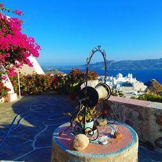 Milos Island/Plaka - Cyclades/Greece Photo by Maria Pag. (instagram @mariap280691) #milos #milosisland #milos_island #milosphenomenon #aegean #cyclades #hellas #greece #grecia #grekland #bestisland #visitgreece #visit_greece #vacations #travel #holidays #cyclades_islands #greekislands #griechenland #reasonstovisitgreece #travel_greece #plaka #kastro #colors #landscape #tradition #view #sky Visit Greece, Sea Level, Greek Islands, Greece Travel, Vacations, Castle, Sky, Holidays, Traditional