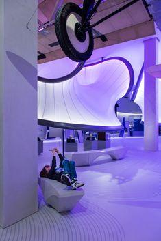 Gallery of Mathematics: The Winton Gallery / Zaha Hadid Architects - 19
