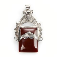 Pandantiv tuareg, argint și carneol, Sahara #metaphora #pendant #silverjewelry #carnelian #tuaregjewelry #sahara Jewellery, Jewels, Schmuck, Jewelry Shop, Jewlery, Jewelery