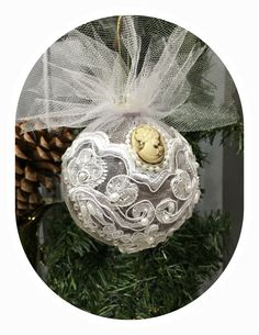 Victorian, christmas, christmasornaments, handmade, handmadeornaments, christmasballs, vintage, decoupage, decor, christmasdecor, lace, newyears, victorian, victorianstyle