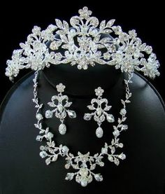 Majestic Crystal Wedding Tiara and Matching Jewelry Set Pearls