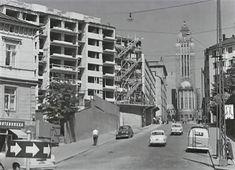 Multi Story Building, Street View