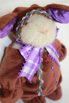 *VanderHare Coco Bunny Hoppy North American Bear