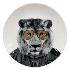 Wild Dining - Lion: Image 1