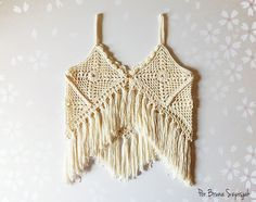 Colete de crochê Boho por Bruna Szpisjak em parceria com a Linhas Círculo. Receita disponível no site: http://www.ganhemaiscirculo.com.br/faca-voce-colete-boho-chic/