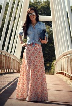 30 Beautiful Maxi Skirt For This Fall - don't love the skirt, but love the tied jean shirt w/ a maxi