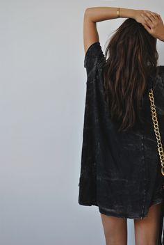 Style - Minimal + Classic: breezy summer black dress