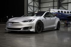 Unplugged Performance offers Tesla Model S upgrades that take the electric car to its ultimate expression, both in looks and performance. Top Gear Funny, Tesla Model X, Cars Usa, Tesla S, Forged Wheels, Jeep Cars, Future Car, Luxury Cars, Dreams