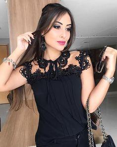 Reposição dessa maravilhosa amores  ⚠️⚠️ Onde e como comprar ❓.  Enviamos para todo Brasil  Atendimento pelo contato online ⏰ em horário comercial de segunda a sábado das 8 às 18 horas⏰ *^^E por ordem de chamadas e pedidos^^*  (62) 9 9346-5793 Lojas Físicas  Mega Moda Shopping (entrada 9 loja 65/66) Loja de fábrica (Rua 8e esquina com a democratas) . #modaevangelica #modagospel #goiania #atrio #moda #modaparameninas #mimo #vemquetem #vemparaatrio