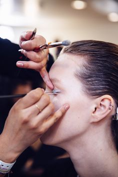 The Best Makeup Tricks Only Beauty Editors Know | Allure